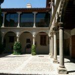 Патио монастыря
