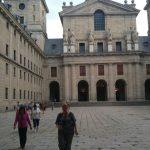 монастырь в часе езды от Мадрида