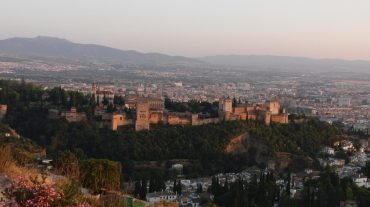 Экскурсия в замок Альгамбра с гидом – мавританское прошлое Гранадского королевства