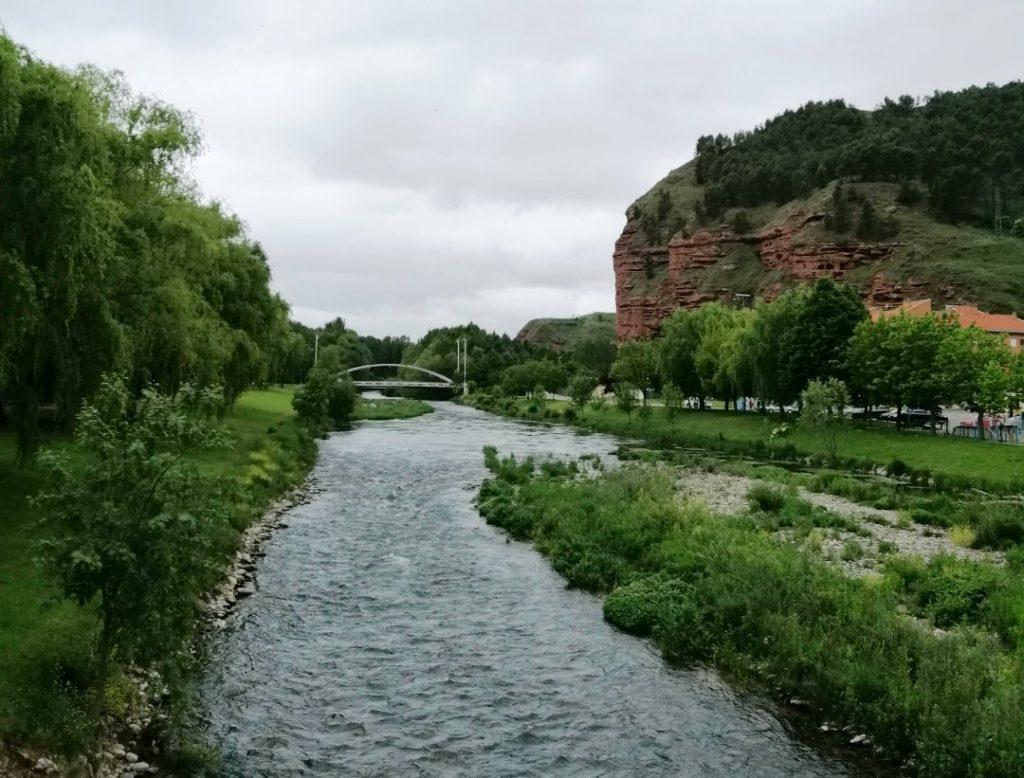 Нахера Испания