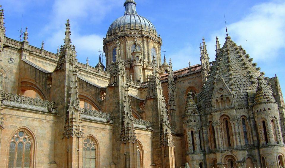 Экскурсия в Саламанке – Каменные кружева храмов и дворцов